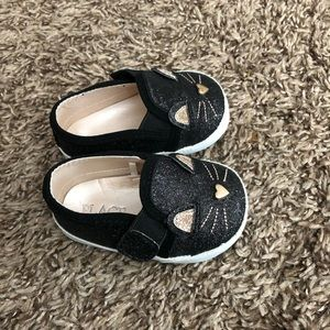 Super cute baby girl shoes.